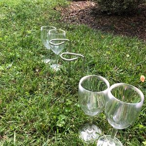 Dining - Stainless Steel Wine Glass Stakes w/4 Glasses